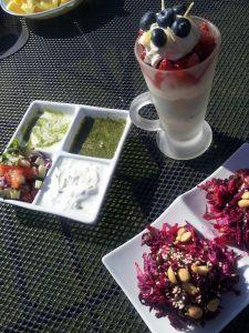 yogurt dip sundae salad